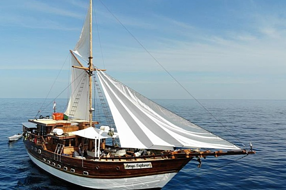 Liveaboard Indonesia Amaya Explorer