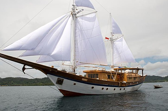 Liveaboard Indonesia Leyla