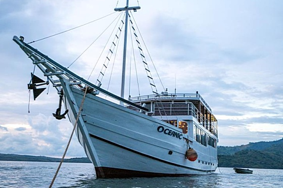 Liveaboard Indonesia Oceanic