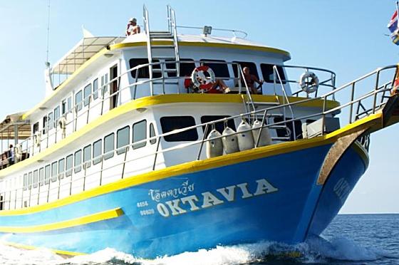 Liveaboard Oktavia