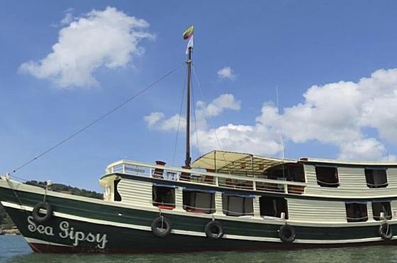 Liveaboard Sea Gipsy